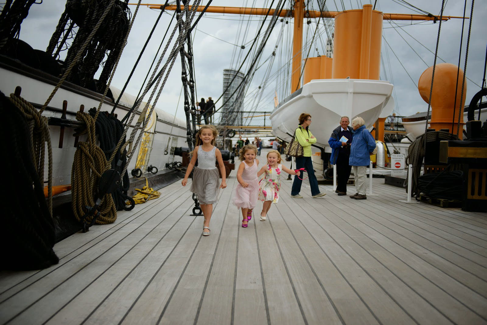 WEDDING PHOTOGRAPHER HMS WARRIOR IIL