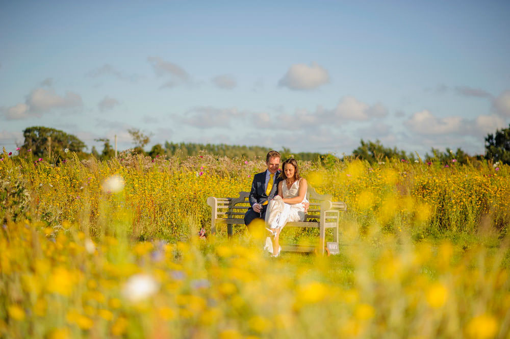ali-gaudion-chichester-wedding-photographer-mellow-yellow-southend-barns-011