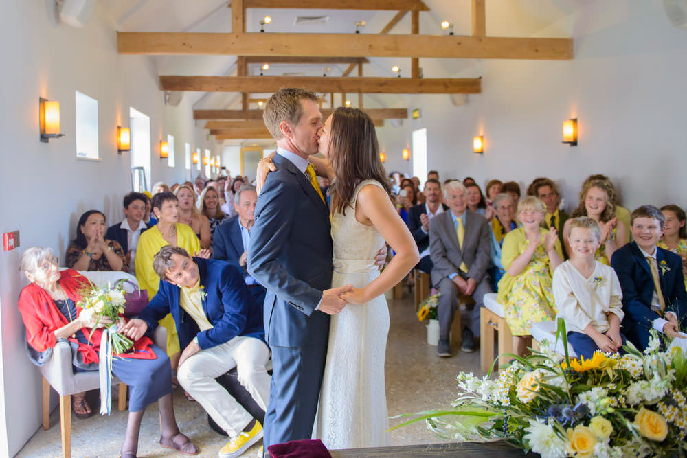 ali-gaudion-chichester-wedding-photographer-mellow-yellow-southend-barns-028