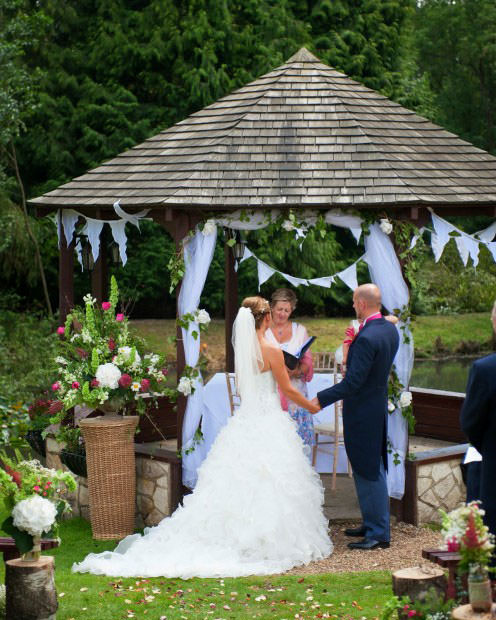 ali-gaudion-chichester-wedding-photography-lythe-hill-010