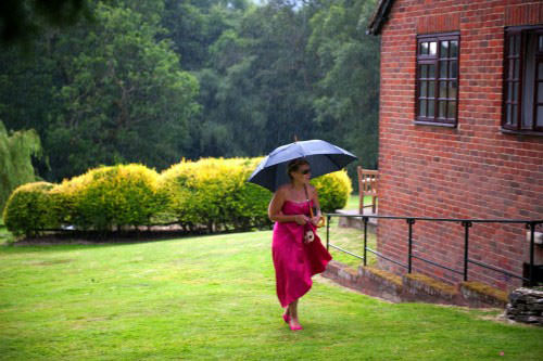 ali-gaudion-chichester-wedding-photography-lythe-hill-012