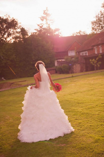 ali-gaudion-chichester-wedding-photography-lythe-hill-017