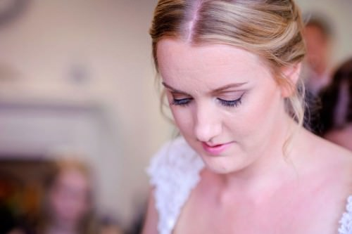 ali-gaudion-hampshire-wedding-photographer-new-place-devere-hotel-southampton-019