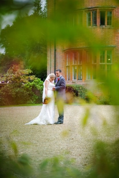 ali-gaudion-hampshire-wedding-photographer-new-place-devere-hotel-southampton-043
