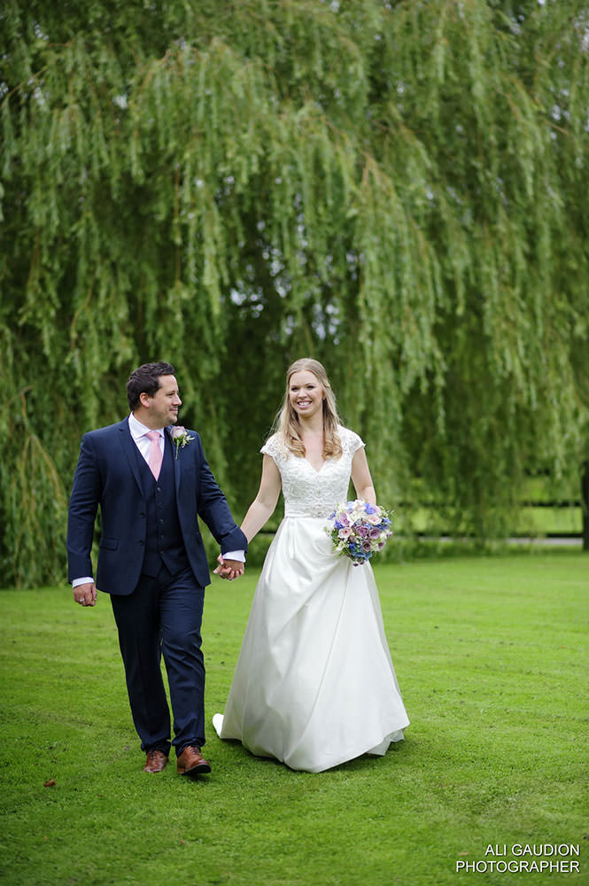 Ali Gaudion Wedding Photographer Chichester, Becky and Marks Wedding The Tithe Barn Wedding Photographer Hampshire 029