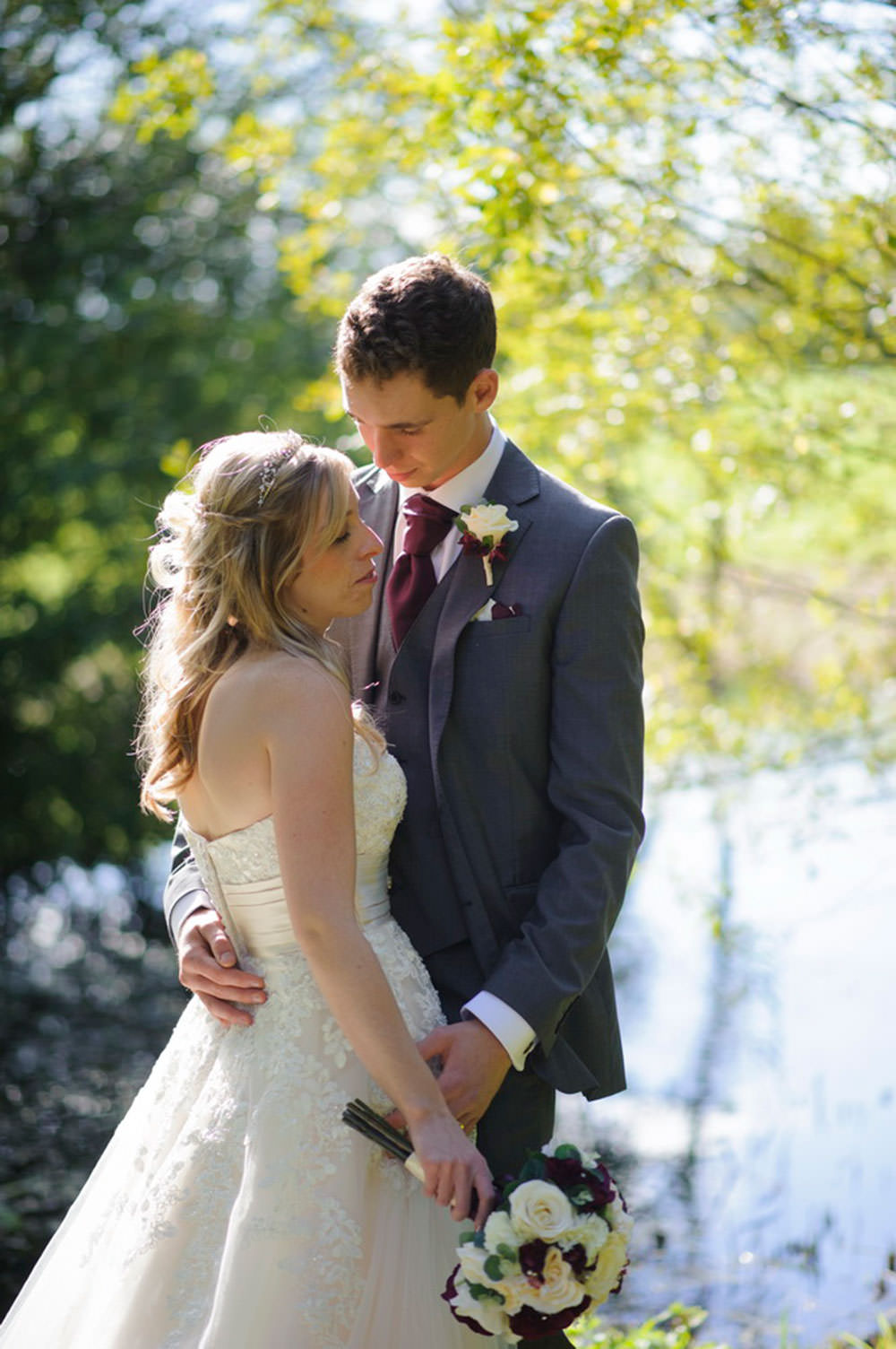 ali-gaudion-wedding-photographer-chichester-skylark-golf-country-club-hampshire-014