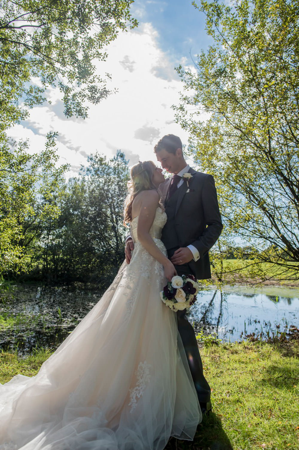 ali-gaudion-wedding-photographer-chichester-skylark-golf-country-club-hampshire-016