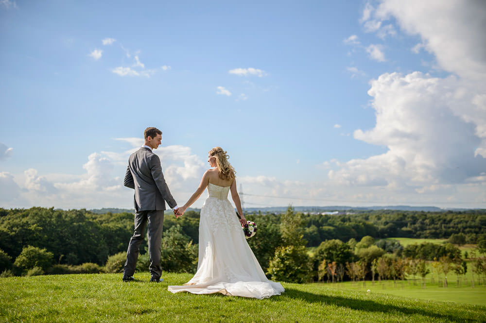 ali-gaudion-wedding-photographer-chichester-skylark-golf-country-club-hampshire-019