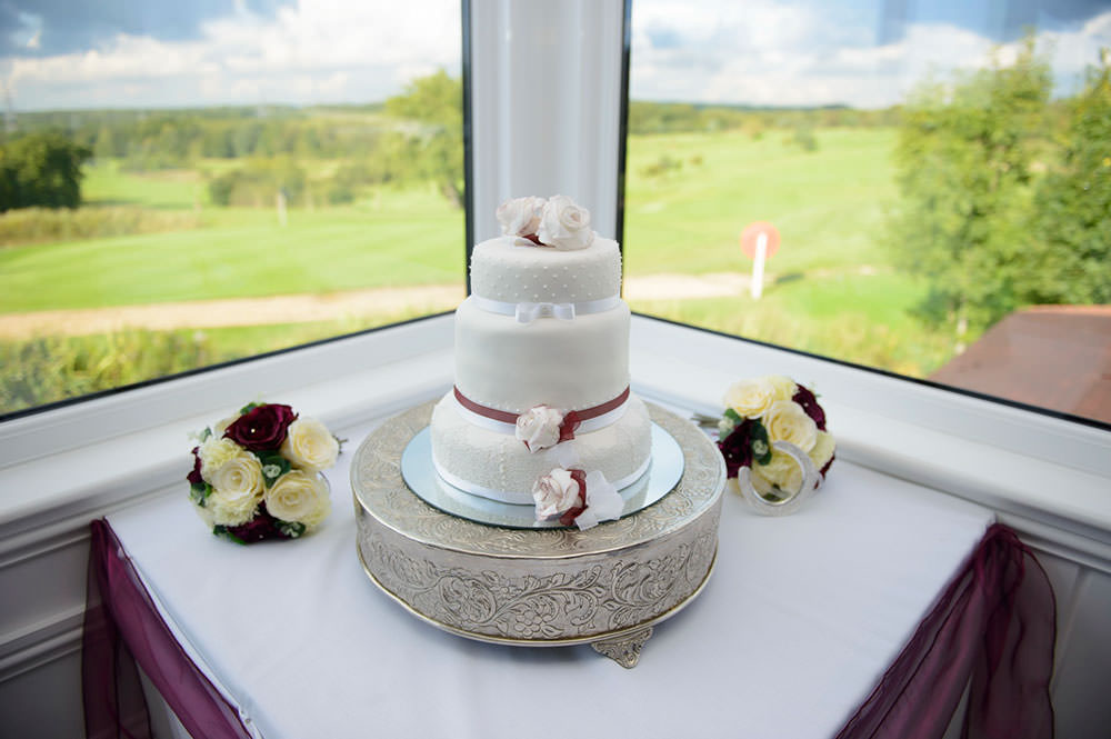 ali-gaudion-wedding-photographer-chichester-skylark-golf-country-club-hampshire-022