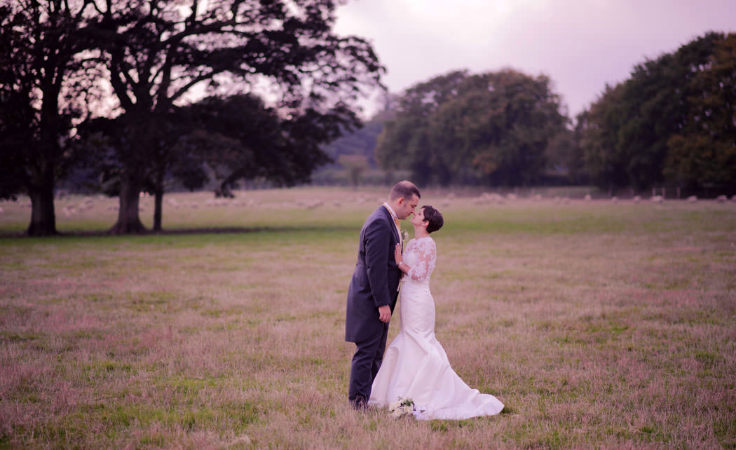 chichester-wedding-photographer-farbridge-barns-chichester-052