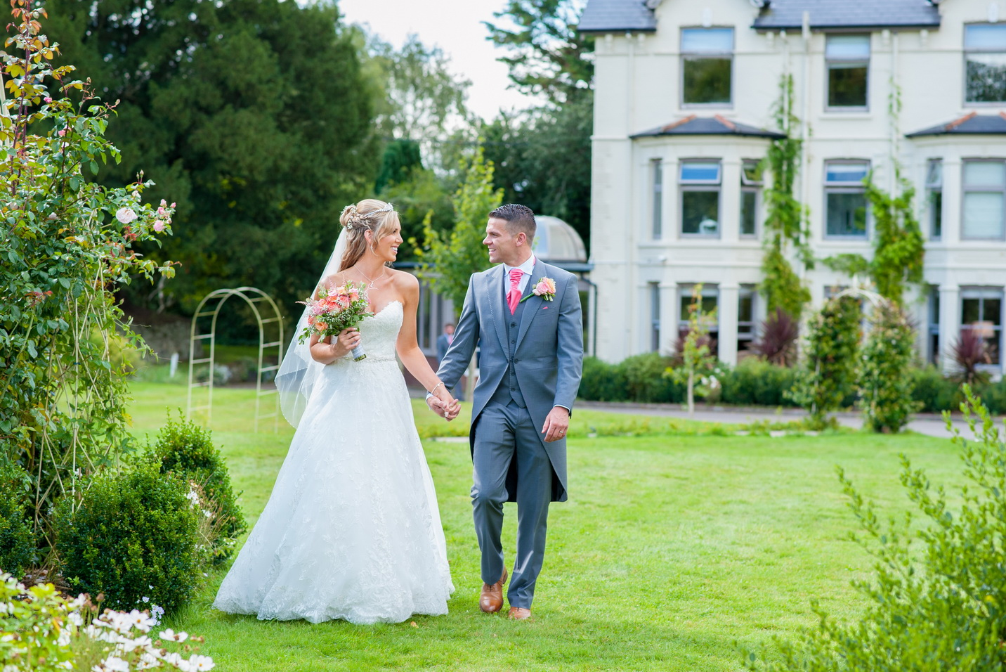 wedding photography of the bride and groom in chichester