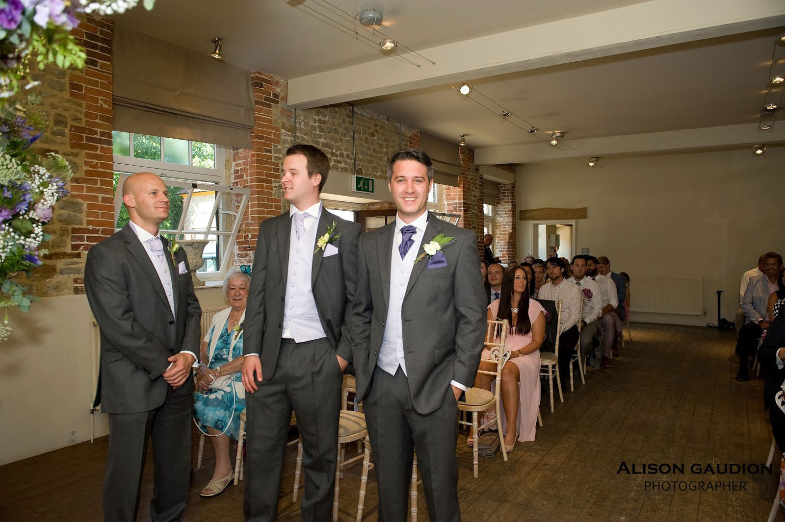 wedding+photo+chichester+cowdray+park+11
