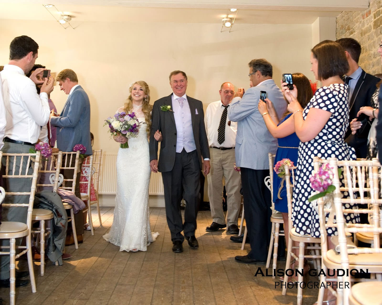 wedding+photo+chichester+cowdray+park+12