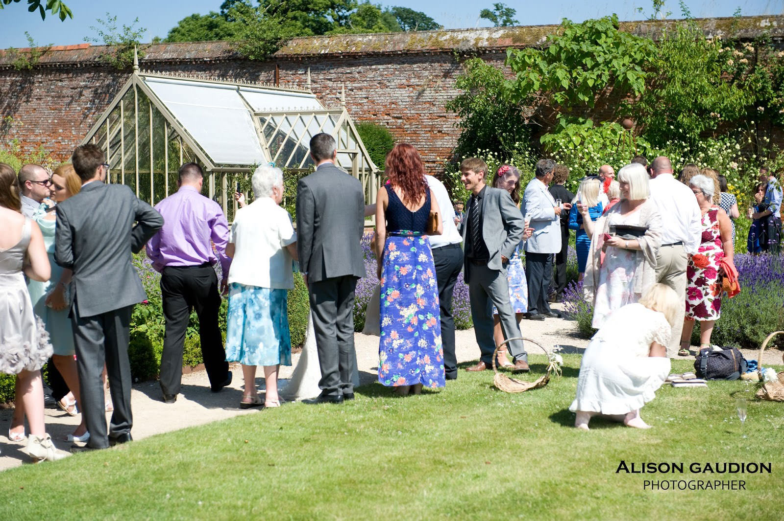 wedding+photo+chichester+cowdray+park+25