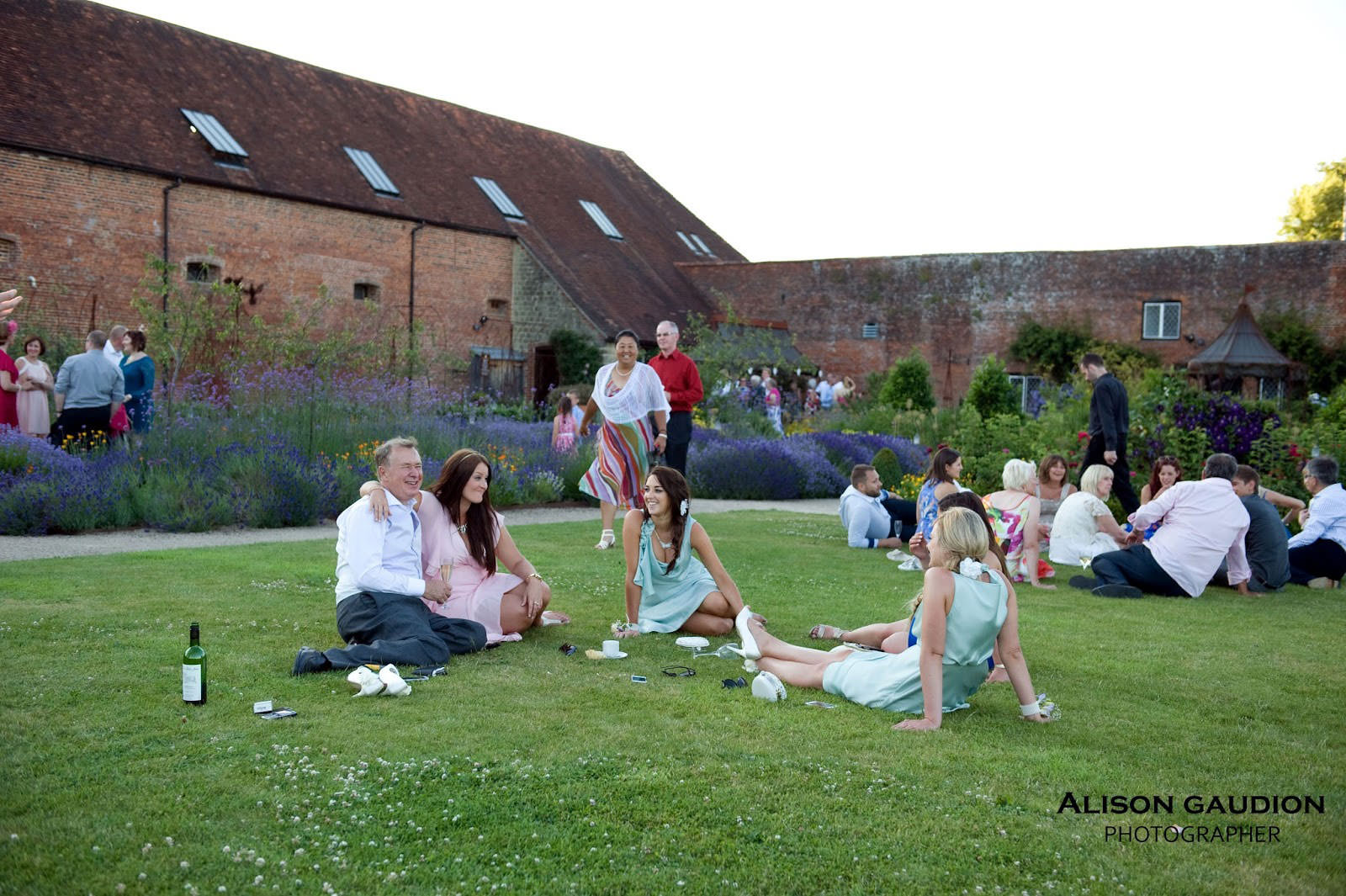 wedding+photo+chichester+cowdray+park+48