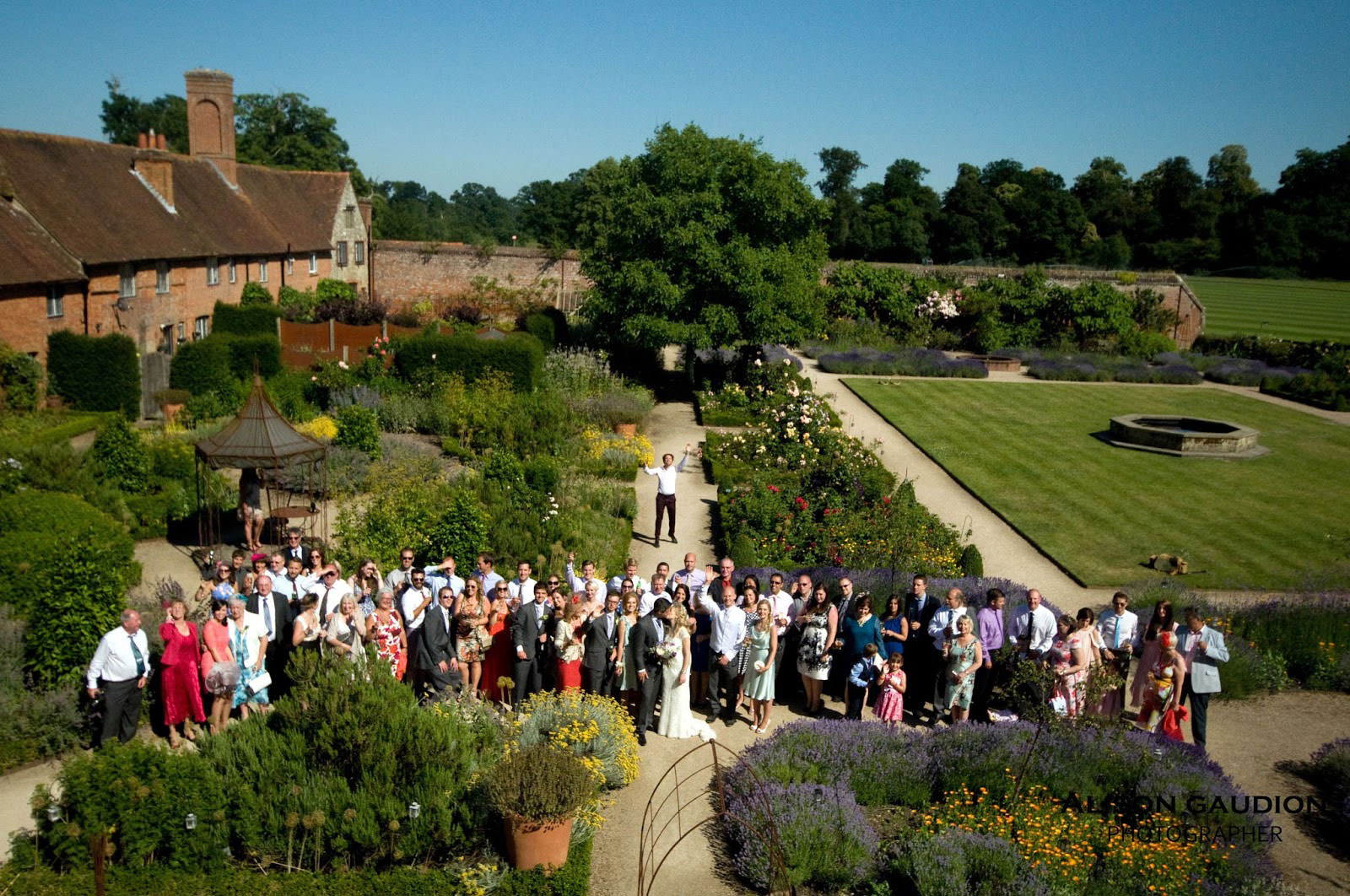 wedding+photo+chichester+cowdray+park+50