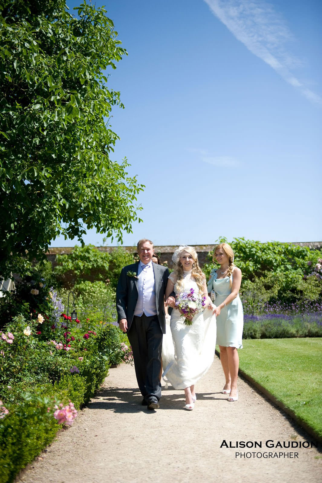 wedding+photo+chichester+cowdray+park+8