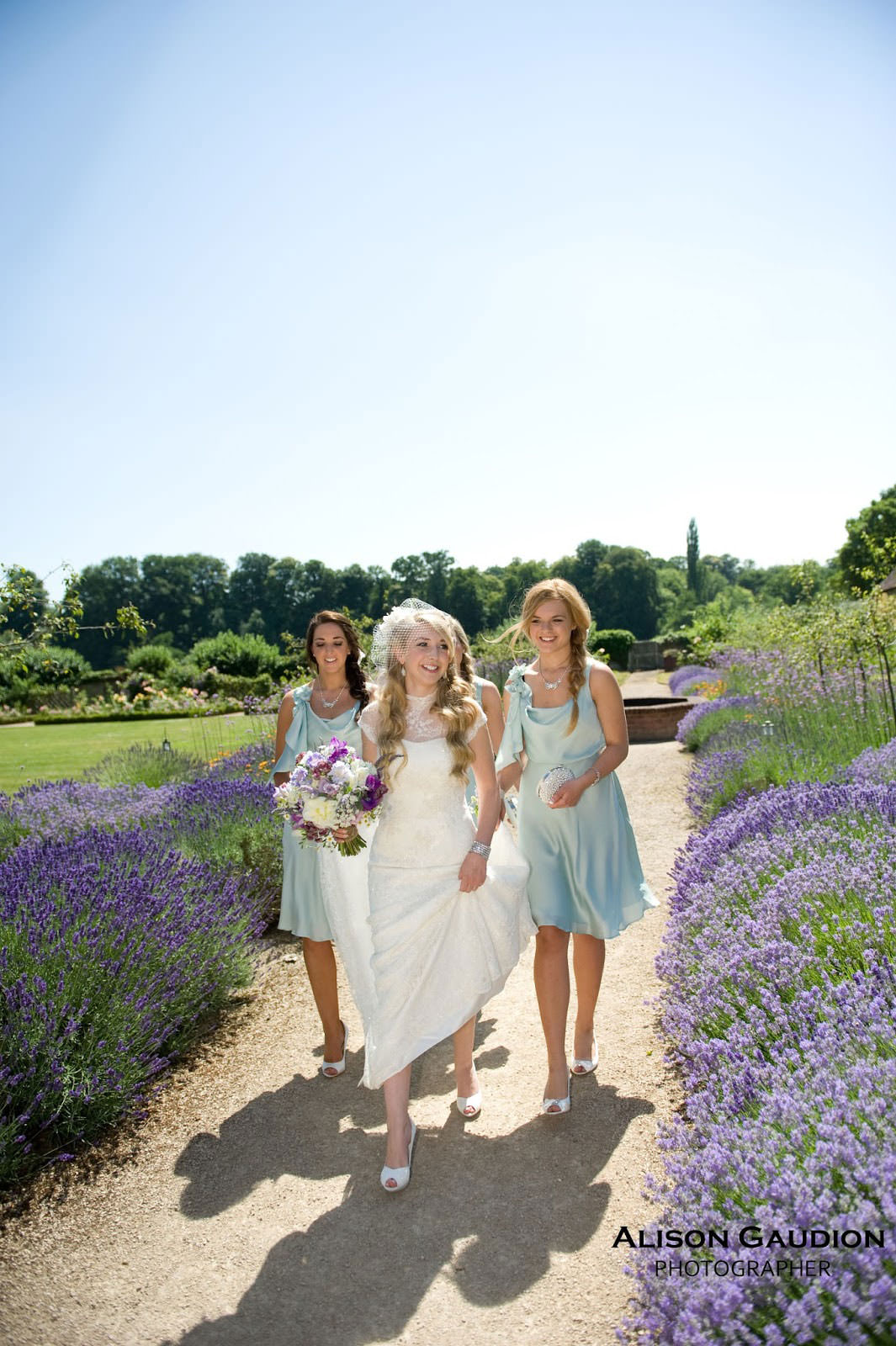 wedding+photo+chichester+cowdray+park+9